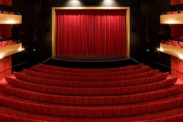 استاندارد صندلی آمفی تئاتر