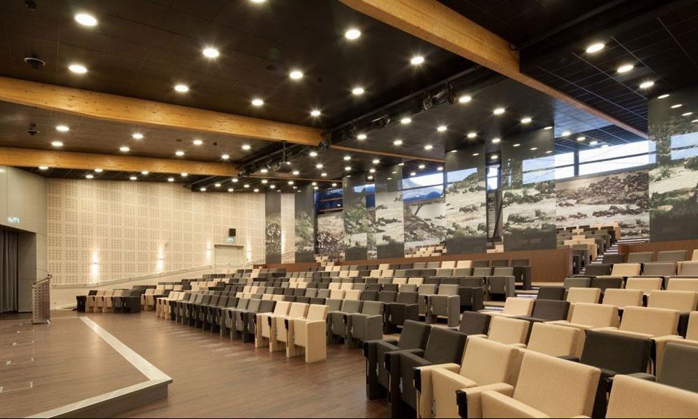 نورپردازی سالن آمفی تئاتر